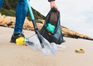 Plogging: stay healthy and help the environment