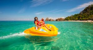 At Punta Leona we pack the sea full of fun for your holidays